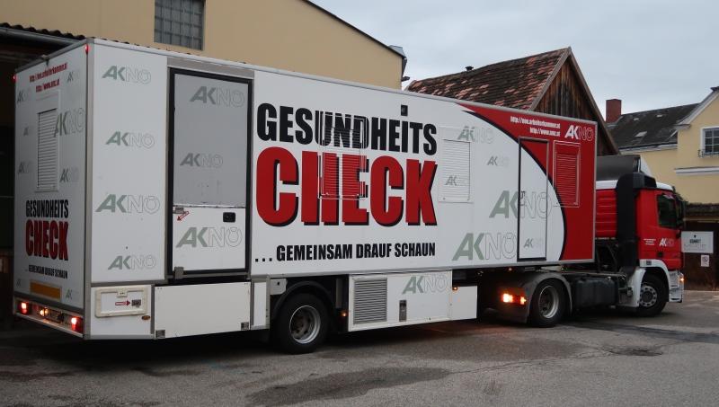 50 MitarbeiterInnen besuchten den Gesundheitscheck-Bus der Niederösterreichischen Arbeiterkammer.