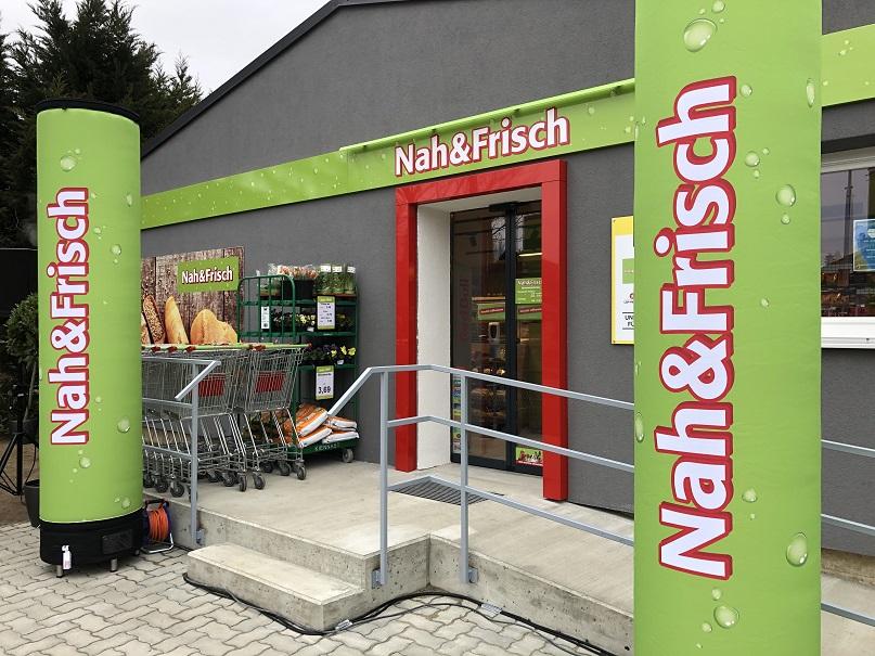 Die attraktiv gestaltete Außenfront des neuen Nahversorgers in Ebenthal.
